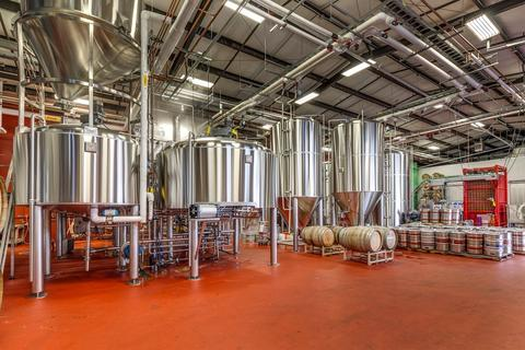 Marks Design and Metalworks - Custom Brew Tanks and Brewing Systems installed at Kulshan Brewing in Bellingham, WA